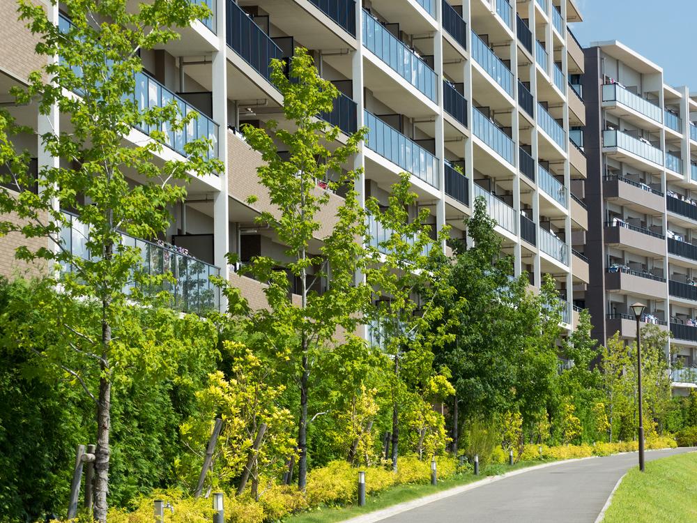 周辺環境が大事なのは戸建てだけじゃない! 中古マンション購入の際に確認したい周辺環境